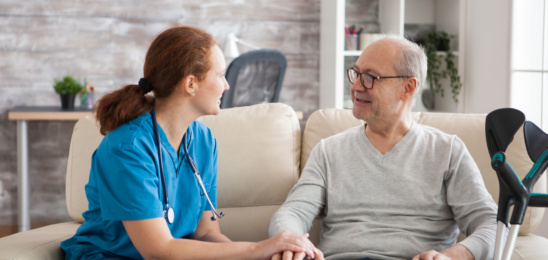 ¿Cuándo y por qué optar por una residencia geriátrica?